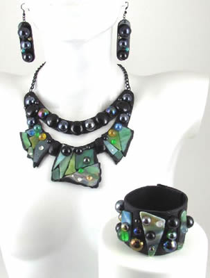 Eco1stArt: Stonehenge Jewelry Set